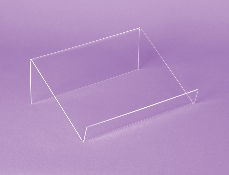 Acrylic Box Rm : Inclined acrylic display rm leduc cie